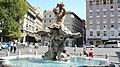 Fontana del Tritone, Rome - panoramio.jpg
