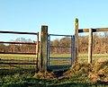 Footpath gate, Draycote - geograph.org.uk - 1127217.jpg