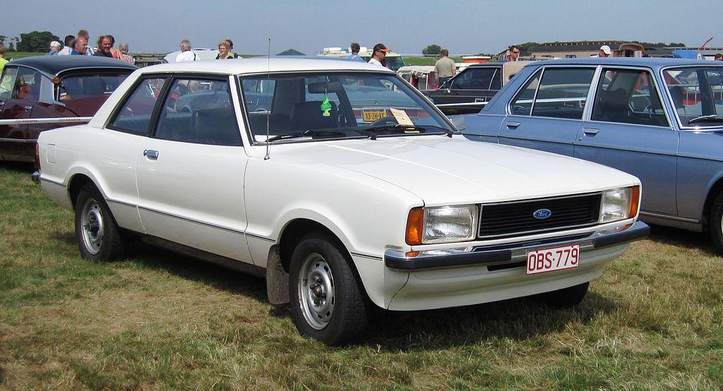 File ford taunus 1 3 l aka ford taunus tc2 2 for Door 1 2 or 3