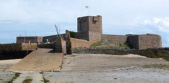 Coastal fortifications of Jersey - Image: Fort d'Saint Aubîn Jèrri Juilet 2009 a