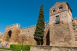 Fortification walls of Córdoba, Andalusia.jpg