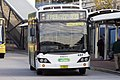 Free Liverpool Shuttle liveried (mo 5015), operated by Veoila Transport, Custom Coaches 'CB60 Evo II' bodied Volvo B7RLE departing Liverpool Interchange.jpg