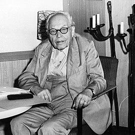 Abbildung Fritz Löffler