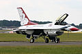 GD F-16CJ USAF Thunderbirds (6623172727).jpg