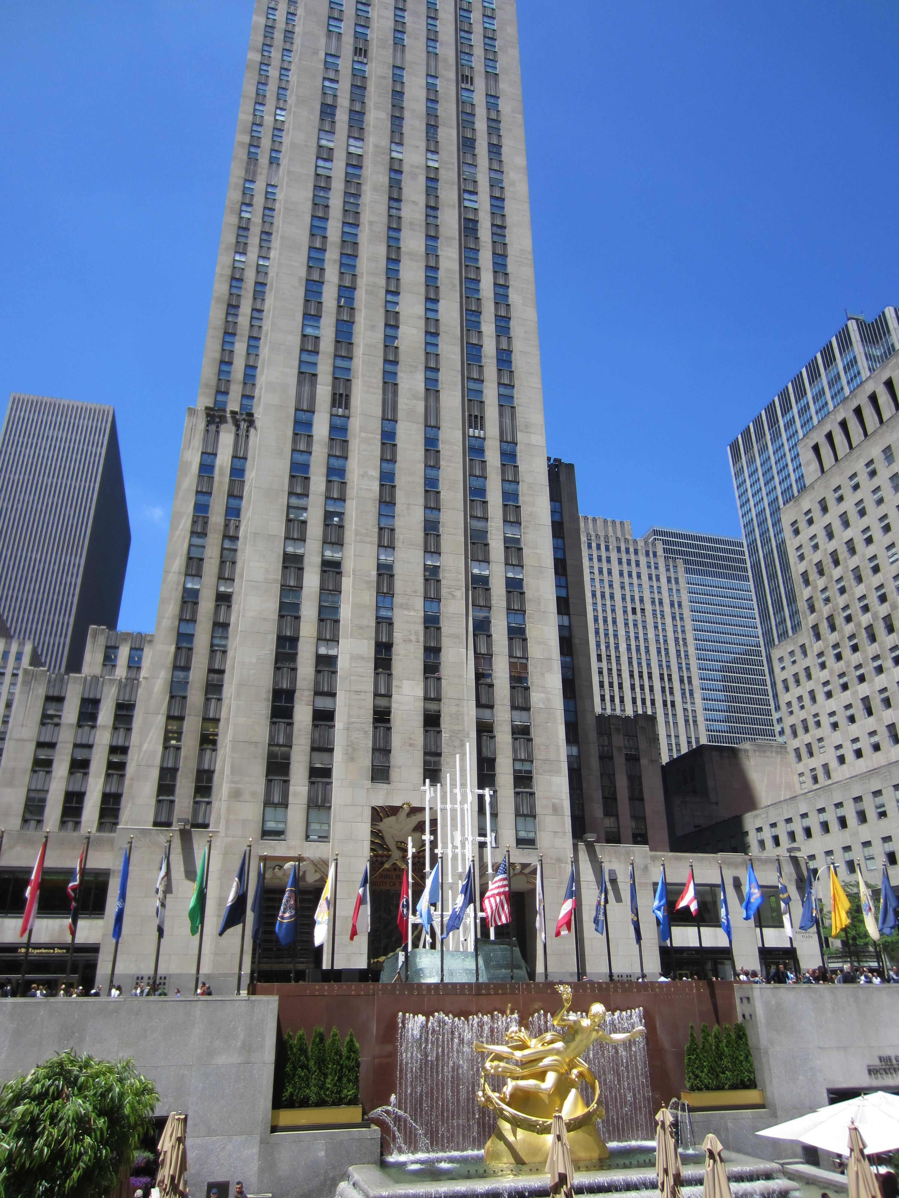 File:GE Building And Prometheus At Rockefeller Center New