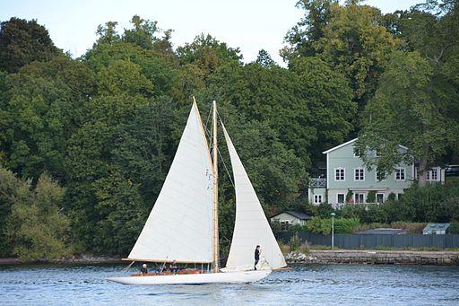 Gaffelriggad segelbåt