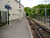 Gare de Dourdan - La Forêt 07.jpg
