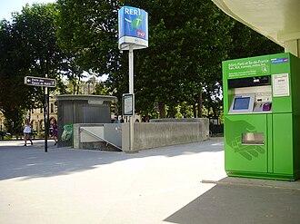 Gare du Pont de l'Alma - Image: Gare du Pont de l'Alma 03