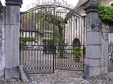 Gates in geneva.jpg