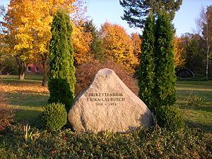 Lauta - Image: Gedenkstein Erika Laubusch 1