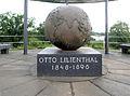 Gedenktafel Schütte-Lanz-Str 25 (Lichf) Otto Lilienthal.JPG