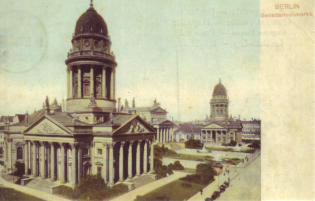 Place des gendarmes ou Gendarmenmarkt. Berlin en 1900 est un centre économique, industrielle et culturelle de premier plan dans le monde.