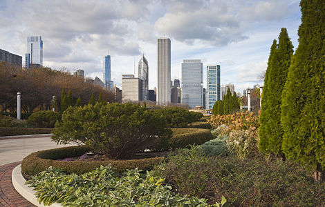 Grant Park with the city center skyline in the background, Chicago, Illinois, USA