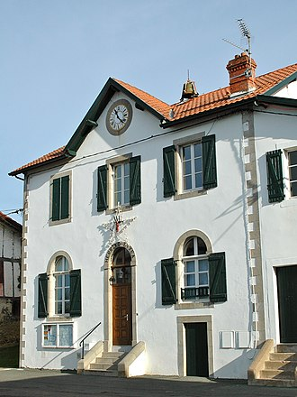 Halsou - The town hall of Halsou