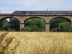 Wharncliffe Viaduct - Looking north, July 2006