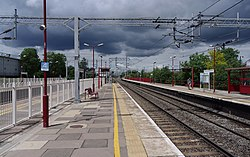 Harrow and Wealdstone station MMB 05.jpg