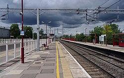Harrow and Wealdstone station MMB 05.jpg