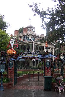 exterior view of the mansion haunted - Haunted Mansion Nightmare Before Christmas