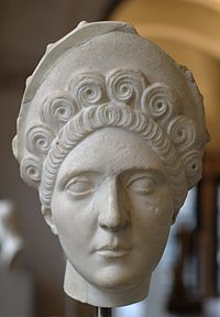 Head Roman woman Glyptothek Munich 405.jpg