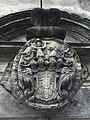 Herb nad portalem zamkowym w Bierutowie.jpg