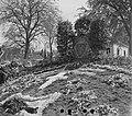 Herdenkingsplaats aan de Dreef waar op 7 maart 1945 vijftien gevangenen als repr, Bestanddeelnr 900-2926.jpg