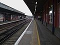 Herne Hill stn northbound platform 2 look south2.JPG