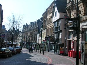 High Street and Olde Murenger Pub, Newport, Wales.jpg