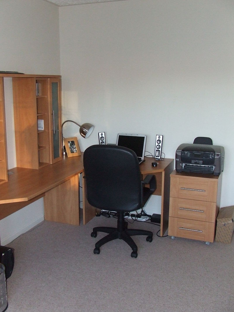 small home office in bedroom