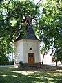 Horní Počernice, Křovinovo náměstí, kaple.jpg