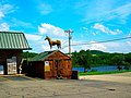 Horse Statue on top of a shed - panoramio.jpg