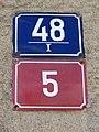 Hostivice 48, domovní čísla.jpg