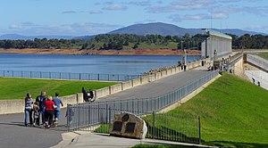 Hume Dam - Image: Hume Dam 1 Stevage