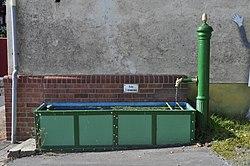 Hundstadt, Brunnen Hauptstrasse 75