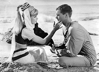 The Lady in the Bottle 1st episode of the first season of I Dream Of Jeannie