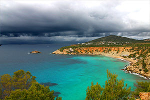 Pityusic Islands - Image: Ibiza Bay 2005
