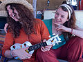 India - Women playing a banjo - 7211.jpg