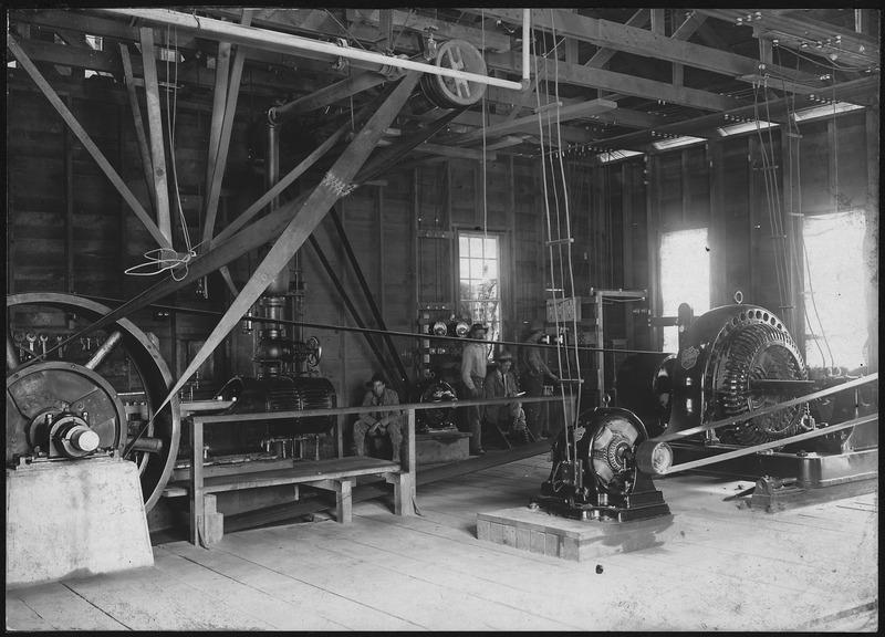 File:Interior of temporary power house - NARA - 294514.tiff