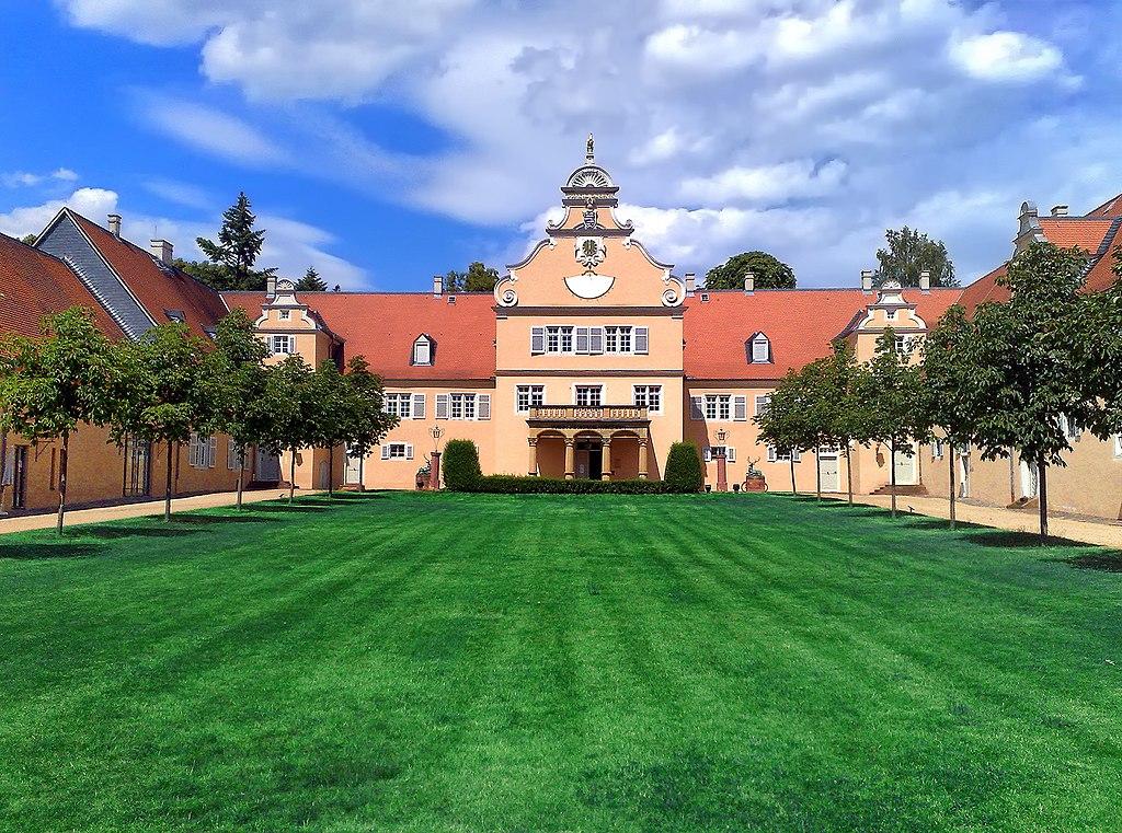 Jagdschloss Kranichstein HDR2