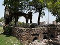 Jahaz Mahal tomb platform (3701677534).jpg
