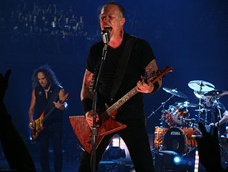 Ride the Lightning - Image: James Hetfield Madrid 2009