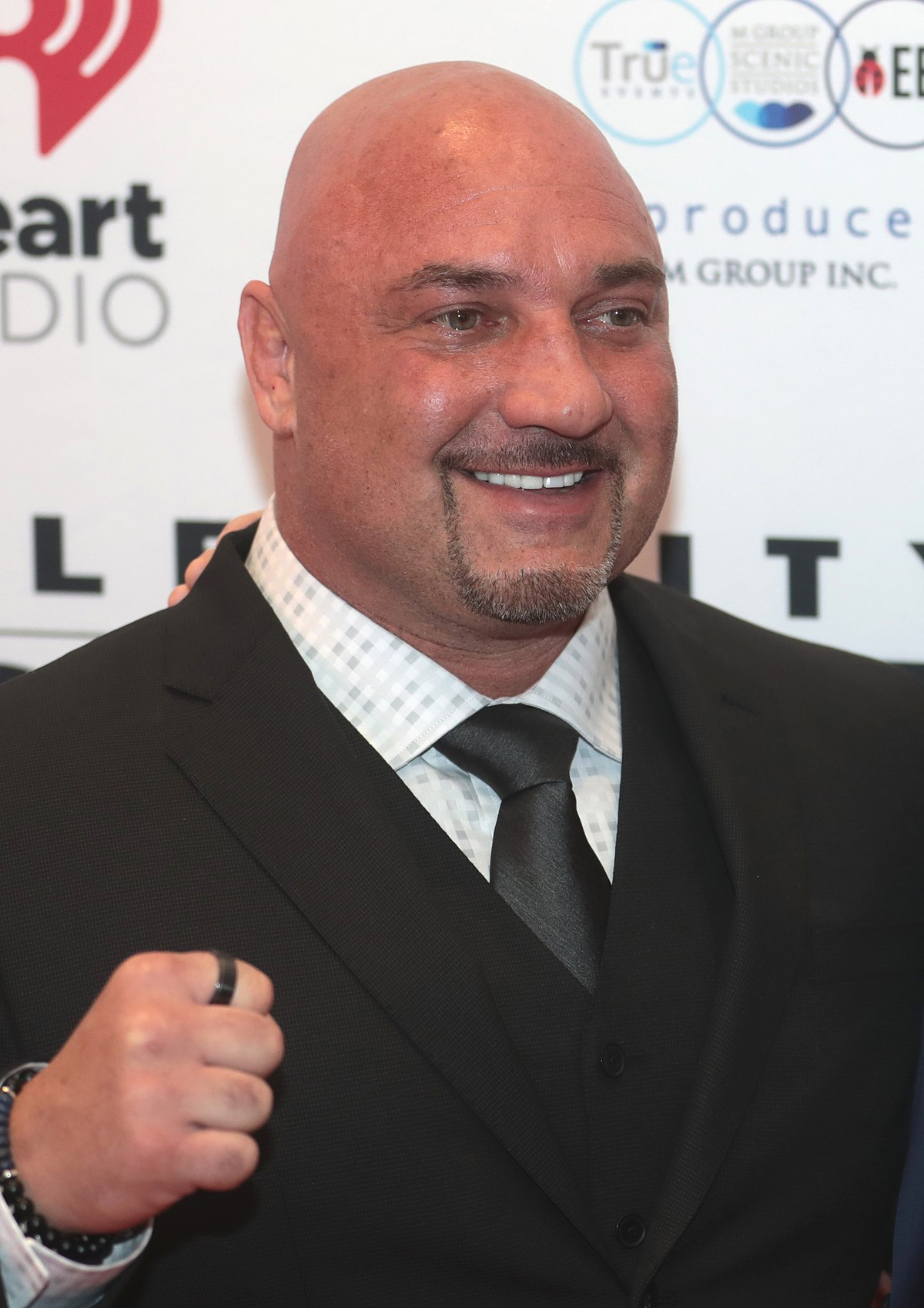 Jay Glazer - Wikipedia The Longest Yard 2005