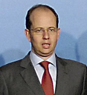 Jean-Louis Schiltz - Jean-Louis Schiltz at the NATO Defense Ministerial in Seville, 2007