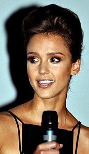 http://upload.wikimedia.org/wikipedia/commons/thumb/d/de/Jessica_Alba_2010.jpg/180px-Jessica_Alba_2010.jpg