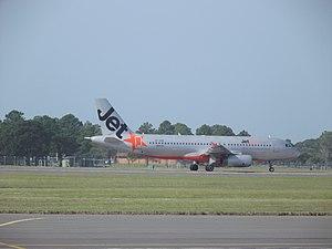 Jetstar Airlines A320-200.jpg
