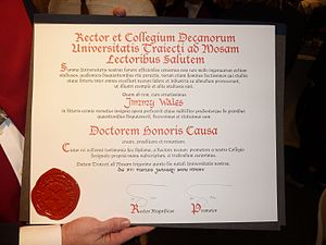 Honorary degree - The honoris causa doctorate received by Jimmy Wales from the University of Maastricht (2015)