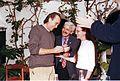 Joan Manuel Serrat recibe la Fiambrera de Plata.jpg