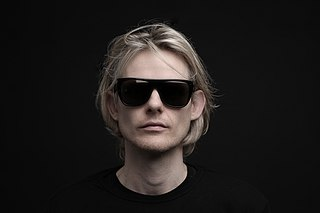 John Gibbons (DJ)