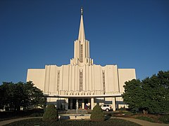 Jordan River Utah Temple Full View Closer.jpg