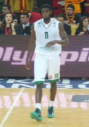 Josh Carter - Carter with the Montepaschi Siena in 2013