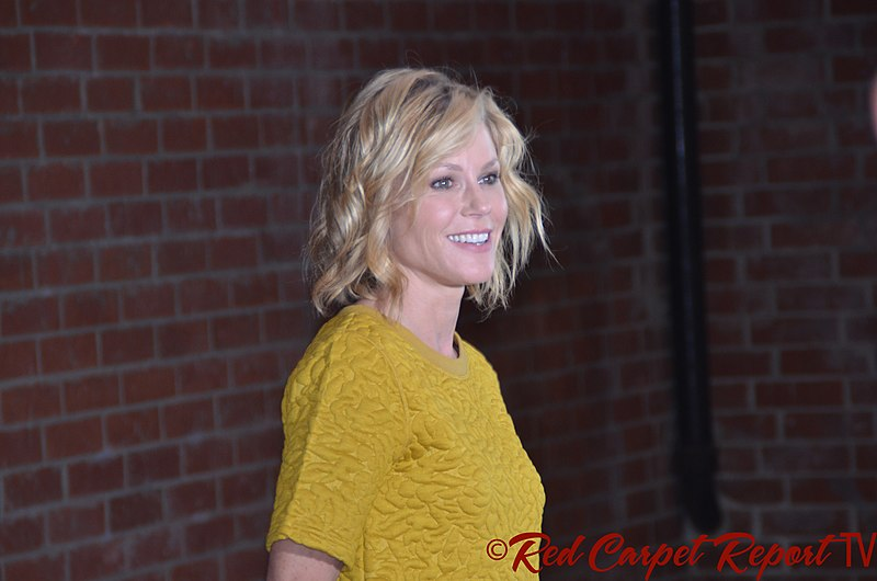 Julie Bowen -Awards and nominations